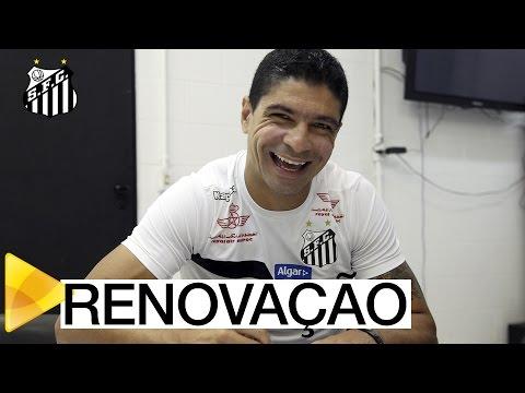 Renato renova contrato com o Peixe até dezembro de 2017