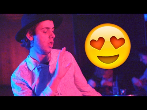 Albert Dyrlund - Emoji [Official Video]