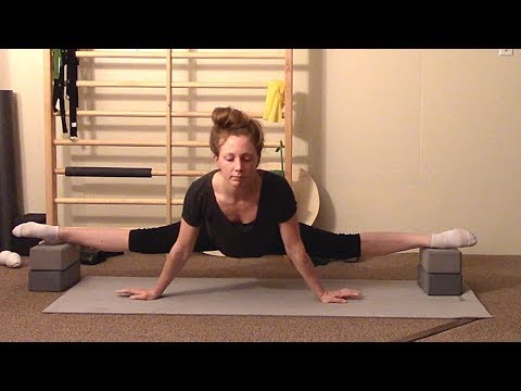 Middle Splits & Straddle Stretching