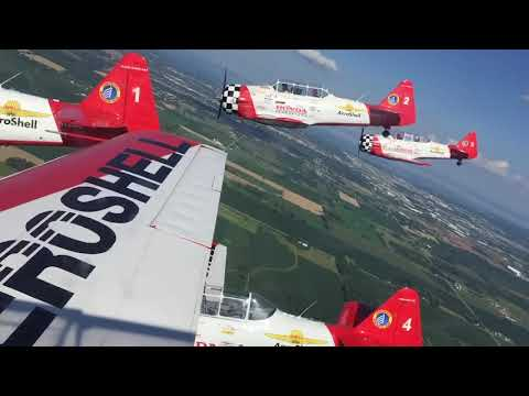 Flying with the AeroShell T-6 Aerobatic Team and True Blue Power at Oshkosh
