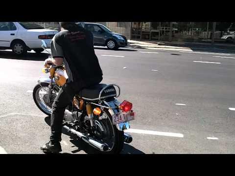 Yamaha XS1 B 1971 Gold S650 023723 Return