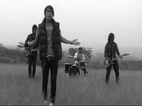GIGI  - nakal (The Family Video Cover)