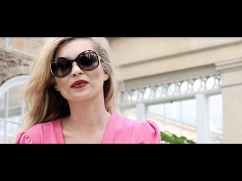 8b3db40b30f Making of de la campagne Kate Moss pour Vogue Eyewear - YouTube