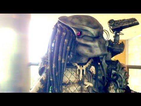 PREDATOR  Behindthes with Predator FX Crew