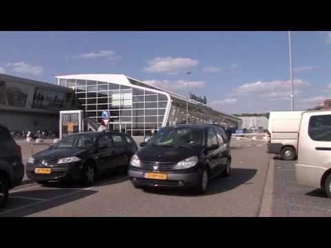 2. De vertrekkende passagier vanaf Eindhoven Airport