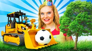 Школа Машинок с Алёной: урок физкультуры, день рождения и другое! Игры и видео для детей про машинки
