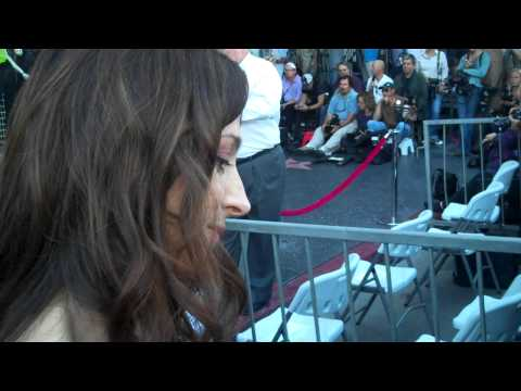 marin hinkle signing autographs at jon cryers star ceremony 9 19 11