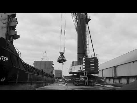 Euro-Agg Ship - Discharging London