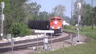 BNSF 9066 in Notch 8