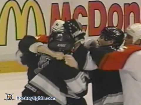 Sean O'Donnell vs Shawn Antoski Nov 21, 1995