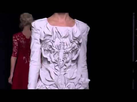 Yiqing Yin × Haute Couture Fall/Winter 2012/2013 Full Fashion Show