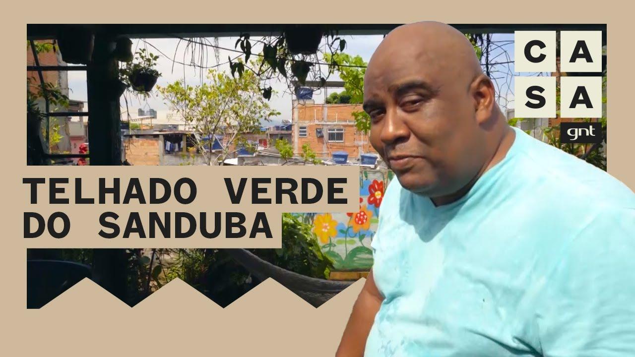Luis Cassiano Silva mostra sua casa inteligente com telhado verde na comunidade Arará, RJ   Lar