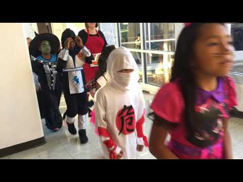 Sam Houston elementary Halloween parade