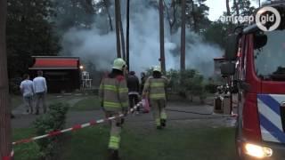 Chalet uitgebrand op recreatiepark in Arnhem - Omroep Gelderland