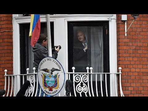 Assange to be questioned by Sweden at Ecuadorian embassy in London