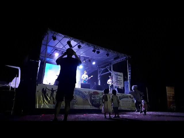 Karnish Band covered Haste Dekho at Bijoy Mela 2017 at Wiley Park