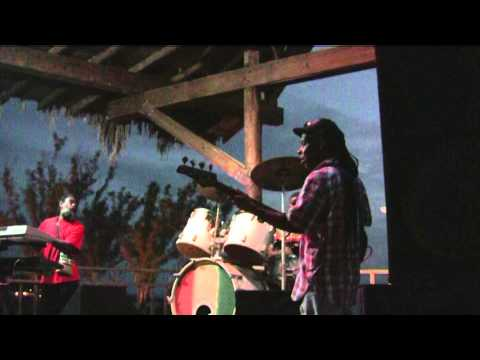 Jamaica, Rick's Cafe Negril  Unique appearance reggae singer's show