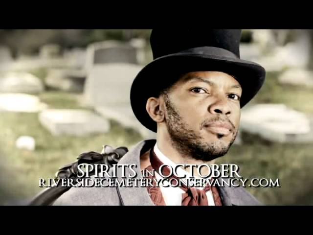 Macon Spirits in October at Riverside Cemetery
