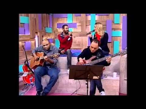 caixa-de-música--tatiana-costa-e-banda_tesouro