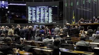 Janela partidária deve alterar 10% das bancadas da Câmara Federal em 2018