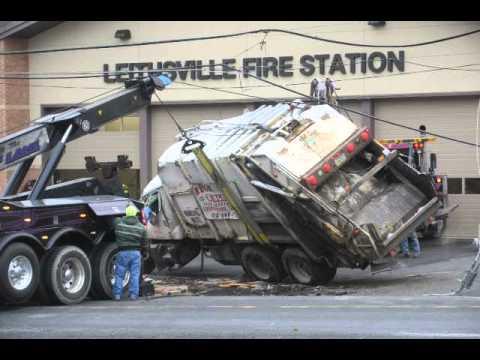 Leithsville Road crash Dec. 2, 2014, in Lower Saucon Township