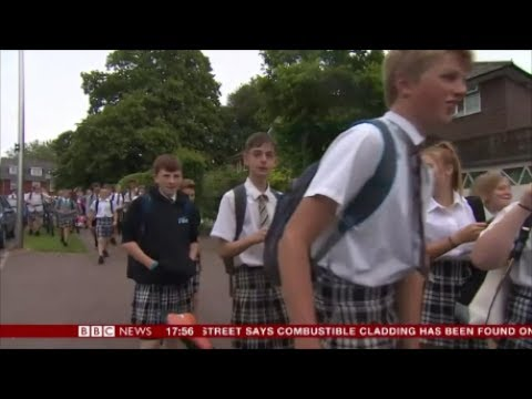 Age of the degenerate! School would rather boys wear skirts than short trousers.