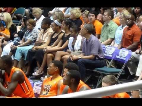 POTUS Obama & Family Enjoy a Basketball Game in Honolulu