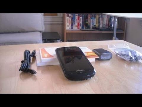 Samsung Focus (SGH-i917) Windows Phone 7 Device Unboxing & Hardware Tour| Booredatwork
