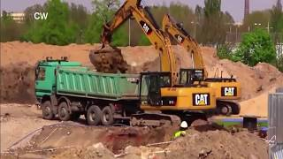 Modern Excavator Super Power Heavy Machines