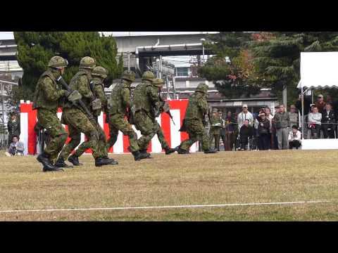 陸自:小倉駐屯地2012  近接戦闘訓練展示