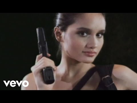 Cinta Laura - Shoot Me (Video Clip)