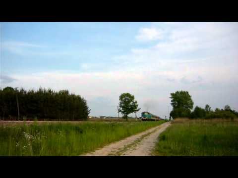 SU45-244 na przejeździe w Zarębkach...
