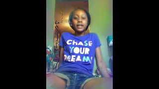 Singing thinking out loud by Bruno Mars with slime Nia