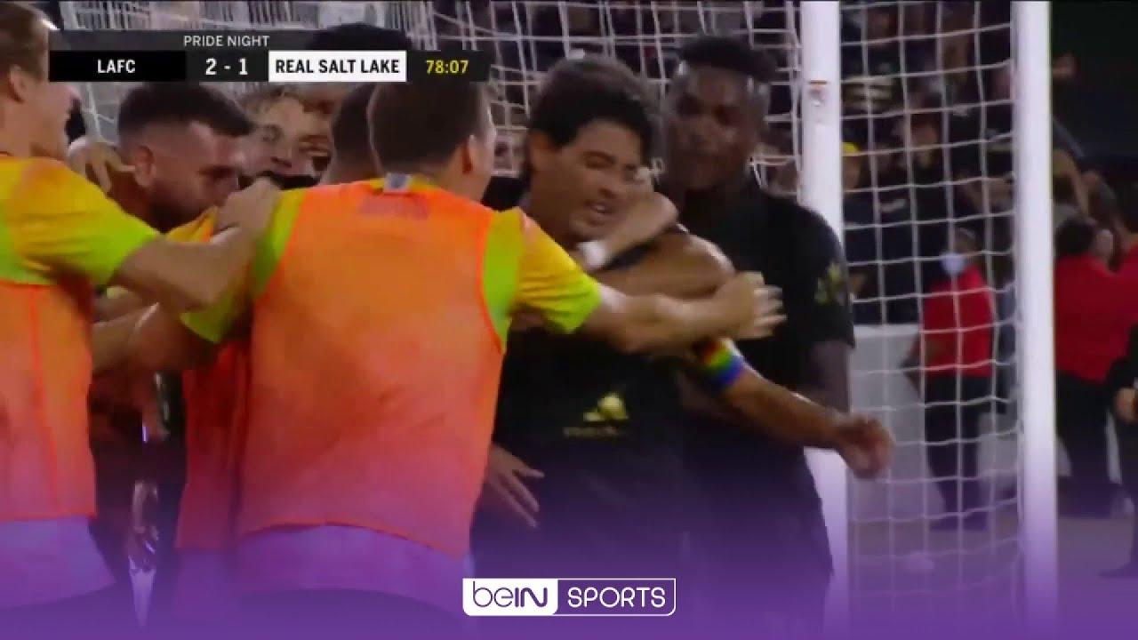 Tendangan Mustahil Vela Berbuah Gol Kemenangan LAFC vs RSL 🤯 | MLS 2021 Moments