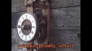 Dřevěné lihýřové hodiny