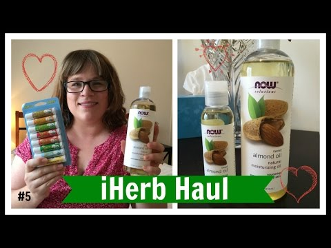 Starting a [NATURAL} First Aid Kit | iHerb Haul #5