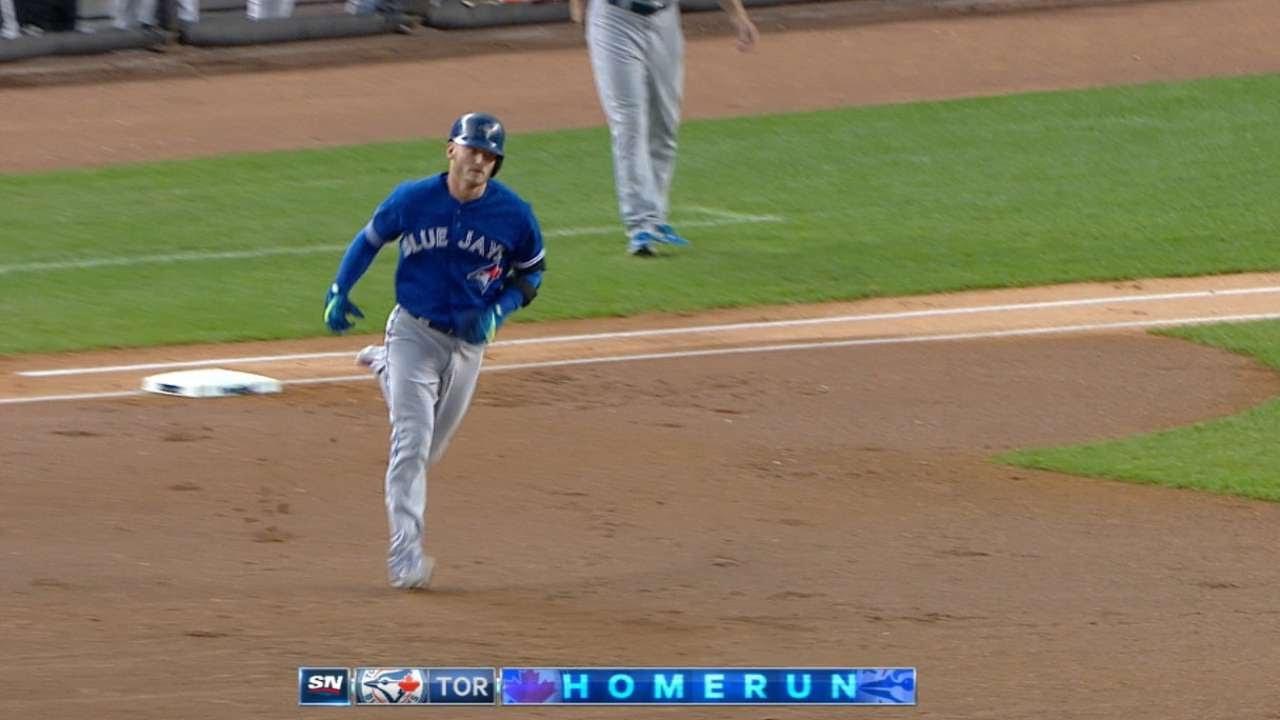 Red Sox bats pummel Blue Jays, 12-2
