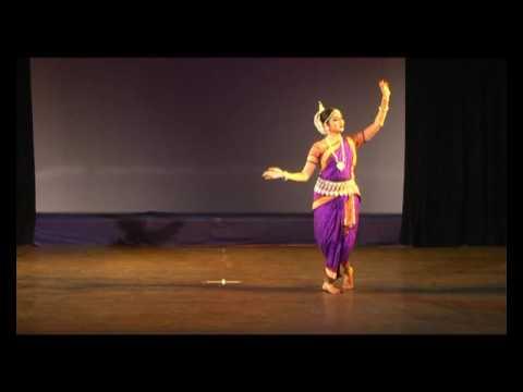 lalita lavanga lata(astapadi) by shwetha krishna