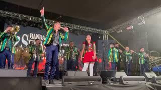 Banda Los Sebastianes- 'Ese Loco Soy Yo' Andrés Padilla ft. Gabriela Sepúlveda (Grupo Liberación)