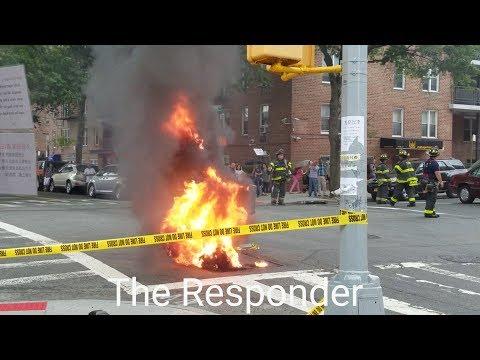 [FDNY] BOX 4458 - HEAVY FIRE & POPPING IN A MANHOLE