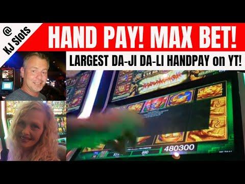 HUGE HAND PAY - DAJI DALI