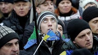 European Union keeps its door open to Ukraine