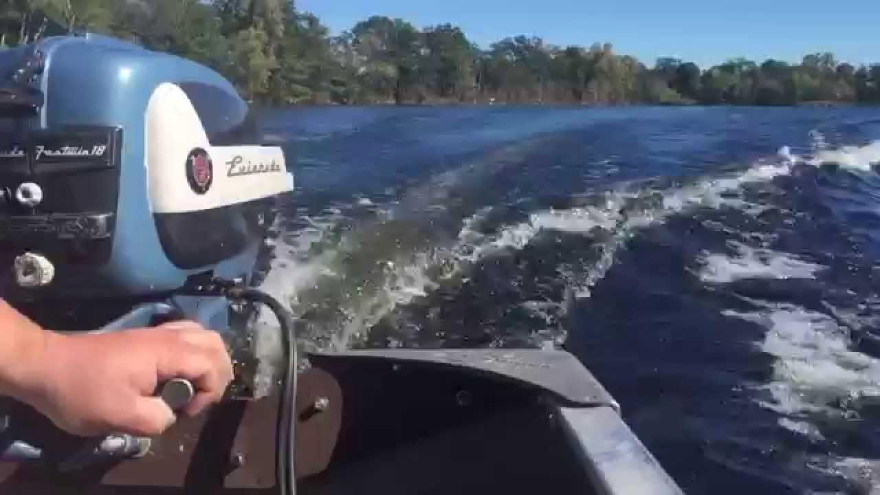 1957 evinrude fastwin 18hp outboard motor doovi for Johnson marine italia