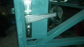 видео Замок для калитки из профнастила: установка замка