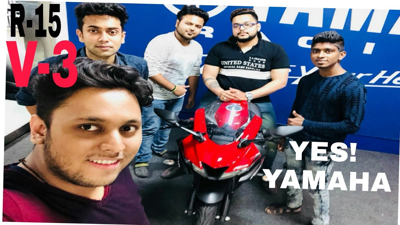    Taking Delivery of my fend,s Yamaha r15 v3   