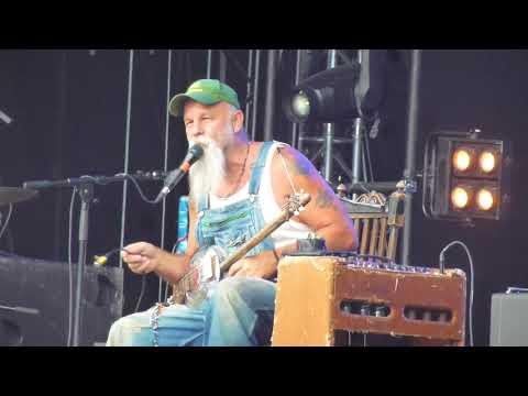 Seasick Steve - Part.1 (Live Beauregard Festival 2014)
