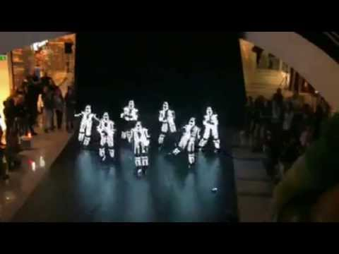 The best flash mob dance you ever sawwith radium lights