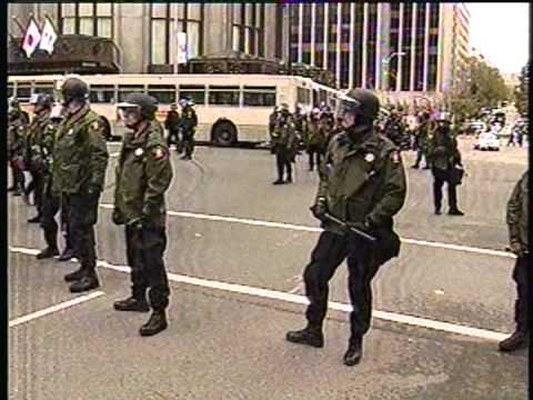 Four Days in Seattle  The 1999 WTO Riots plus news stories one week later