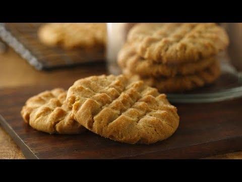 Peanut Butter Cookies | Betty Crocker Recipe