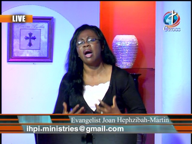 Evangelist Joan Hephzibah-Martin with In His Presence 06-27-2017